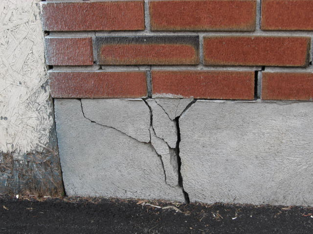 foundation-crack
